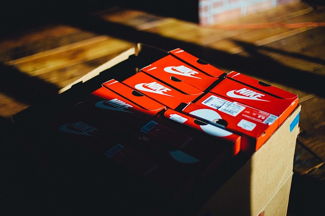 Nike Sneakers Box