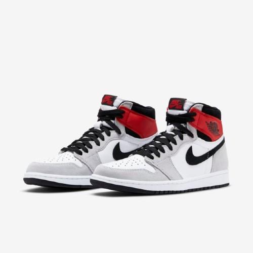 Air Jordan 1 Retro High Og Light Smoke Grey Sneakers